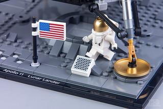 LEGO Creator Expert 10266 NASA Apollo 11 Lunar Lander Review-26 | by DoubleBrick.ru