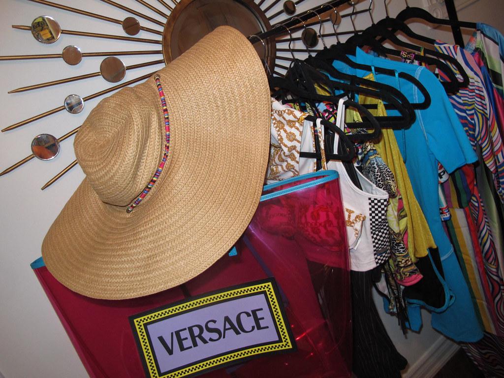 travel closet 2