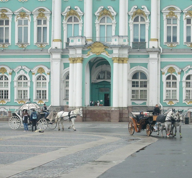 Winter Palace, St Petersburghorse-drawn