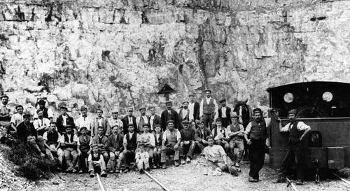 Crich_Quarry_1900s | by HughieDW