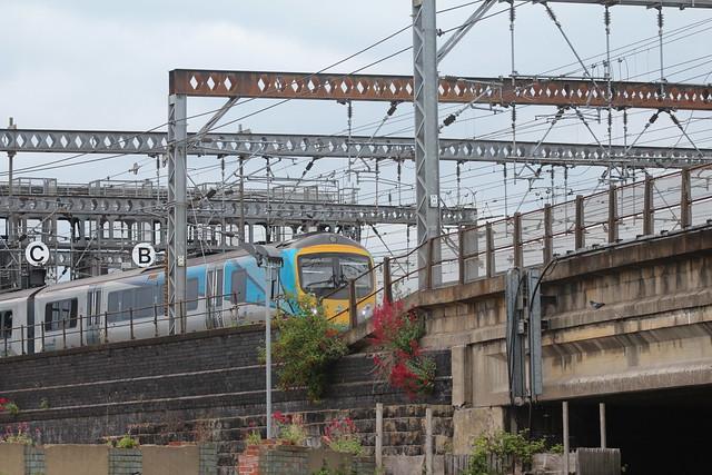 Trans Pennine Express departing Leeds Station