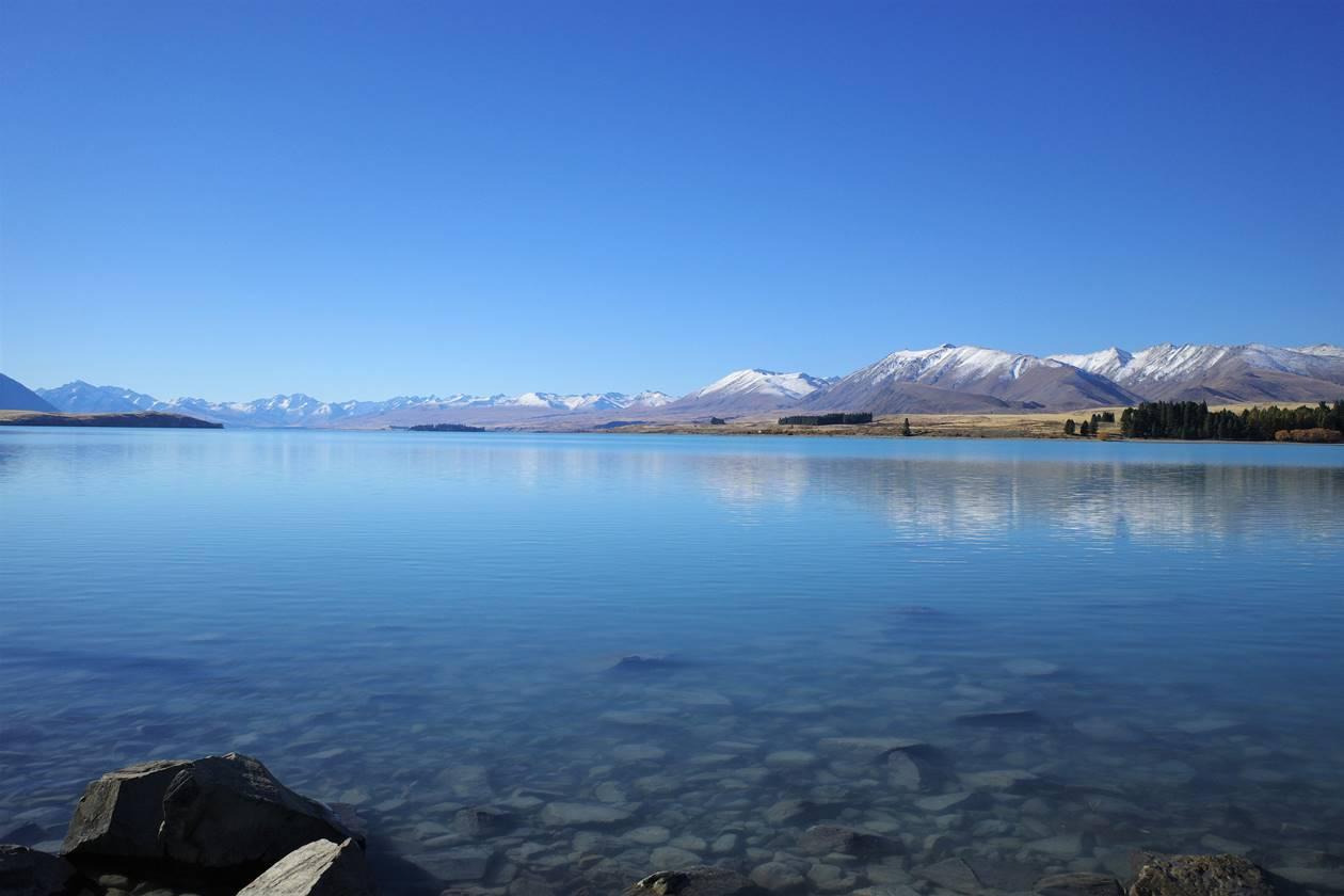 ニュージーランド 鏡のようなレイクテカポ