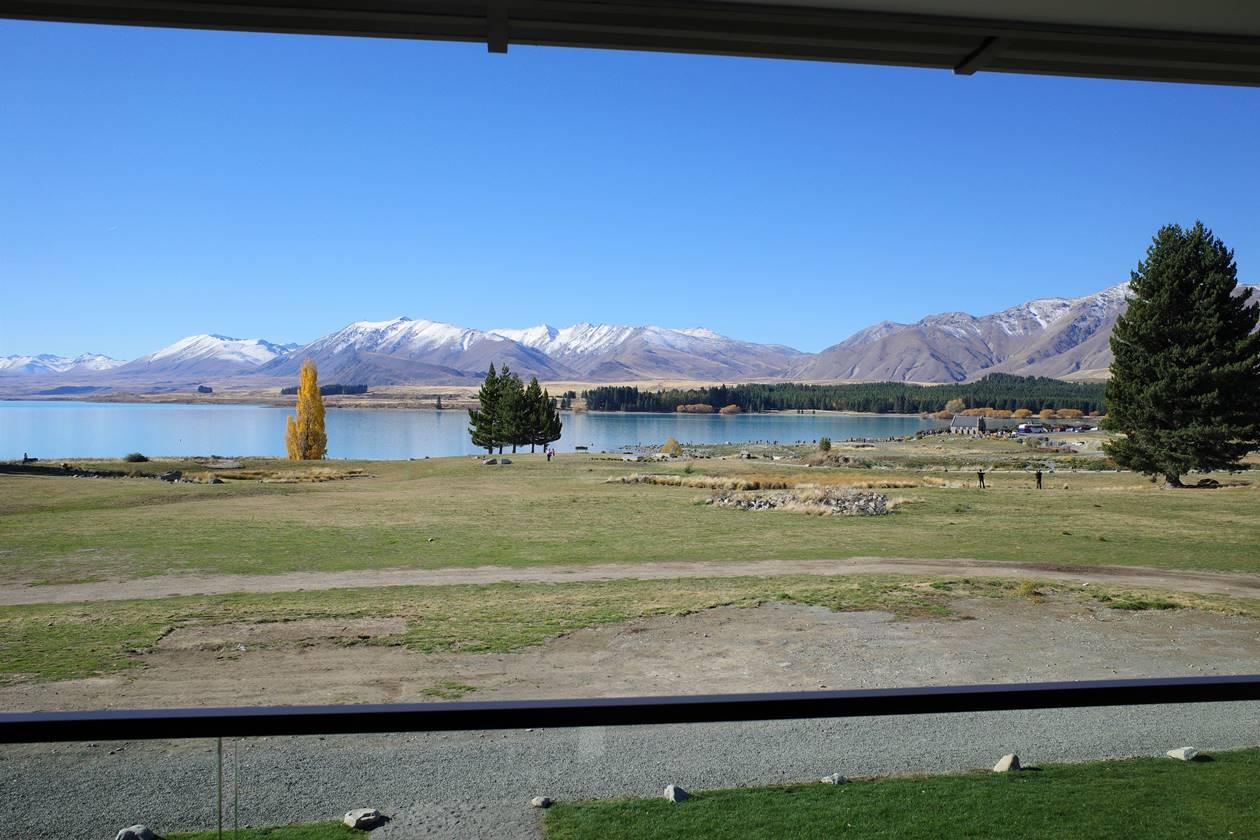 YHAレイクテカポからの湖の眺め