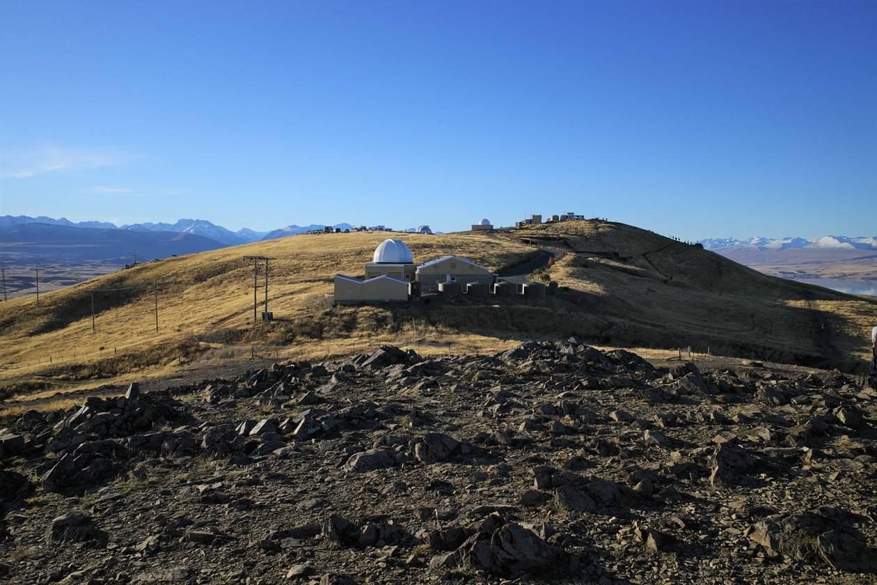 マウントジョン山頂の天文台