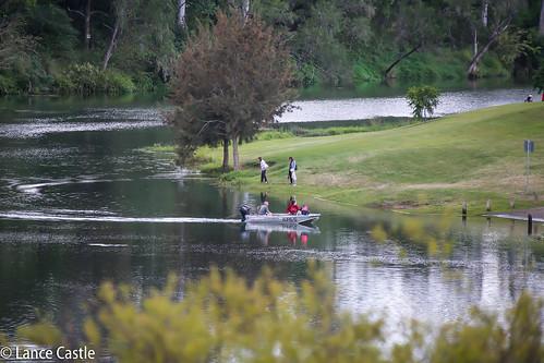 australianscenery landscape greatoutdoors picturepostcard perfect outdoor ipswichqld boat people focus photography scene brisbaneriver google australian view