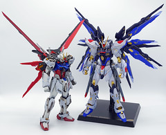 Strike Gundam & Strike Freedom Gundam