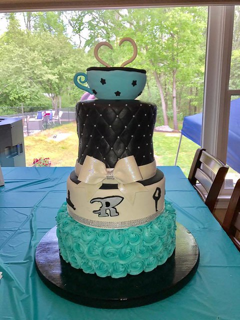 Cake by Rave Cake Design
