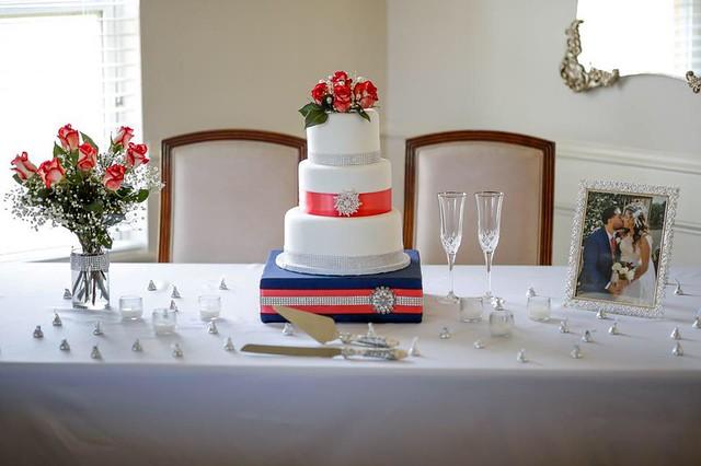 Cake by Juan's Cake Paradise