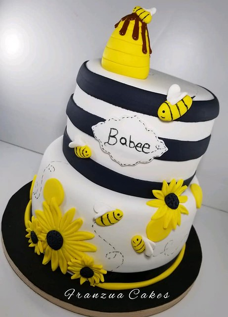 Cake by Franzua Cakes-Fan Page