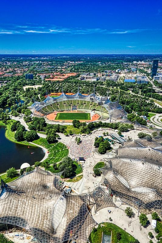 Yoga & Stadium