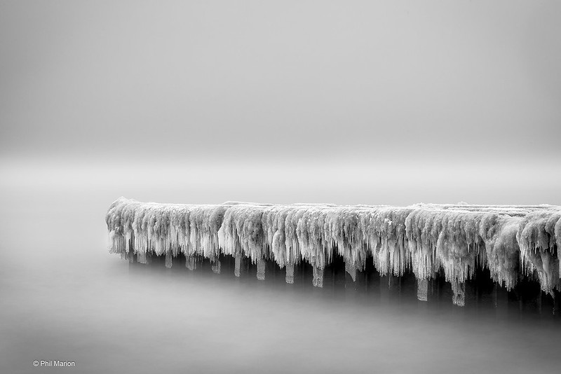 1 minute long exposure of a Balmy beach pier on a wintry non-balmy day