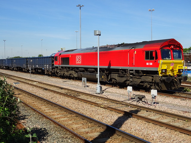 DBC 66130 @ Acton Main Line
