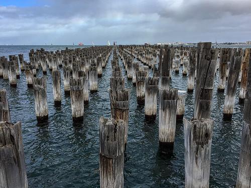 landscape structure dilapidated ruin melbourne portmelbourne demolished piles timber rows lines iphone portphillip bay sea yachts princespier