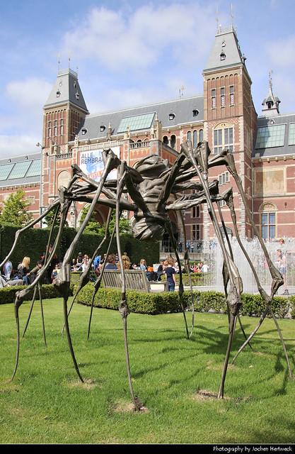 Rijksmuseum & Spider statue, Amsterdam, Netherlands