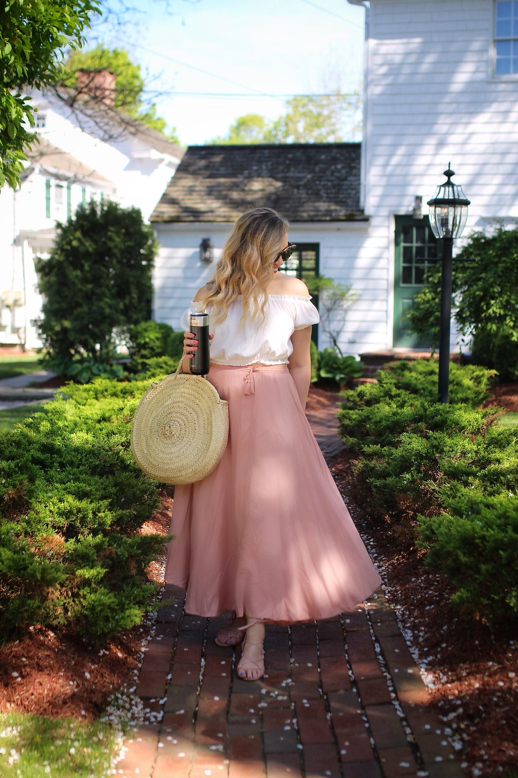 Spring Country Outfit H&M White Crop Top O'Neill Pink Maxi Skirt Straw Bag