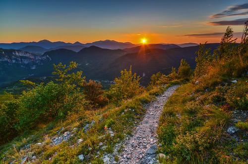 castelletta marche italia italy sunset tramonto panorama landscape marchemeraviglia montagna trekkin hiking