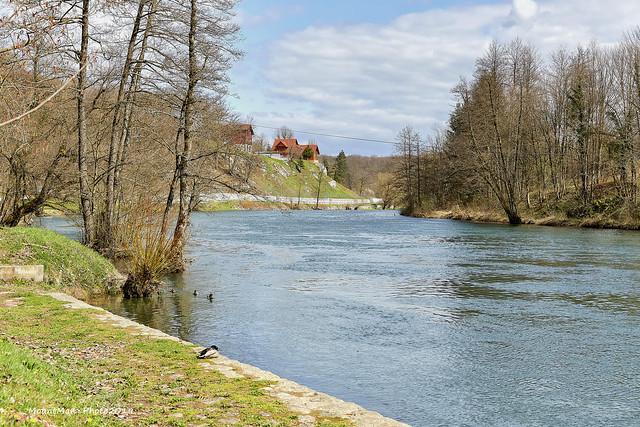 Rijeka Dobra: pogled prema Maletićima