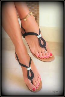 Thong Flats