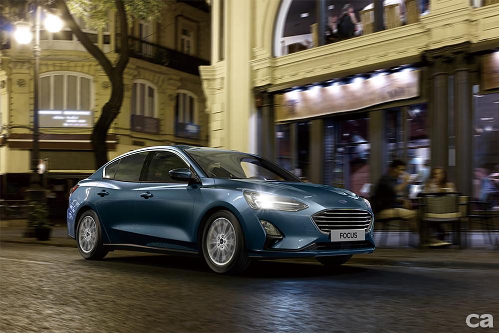 〈圖三〉The All-New Ford Focus推出四門EcoBoost®182 17TSR,智慧安全科技與駕馭樂趣雙料升級。