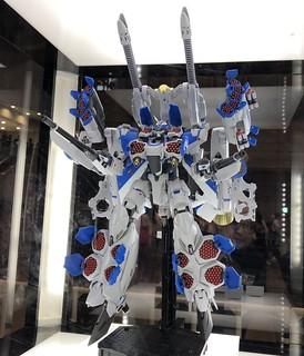 DX超合金《劇場版超時空要塞Δ 絕對LIVE!!!!!!》VF-31J 齊格菲(疾風·因梅爾曼機)用 強化裝甲擴充套組 試作品公開!