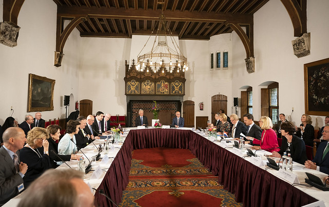 Secretary Pompeo and Prime Minister Rutte Co-Host A CEO Round Table