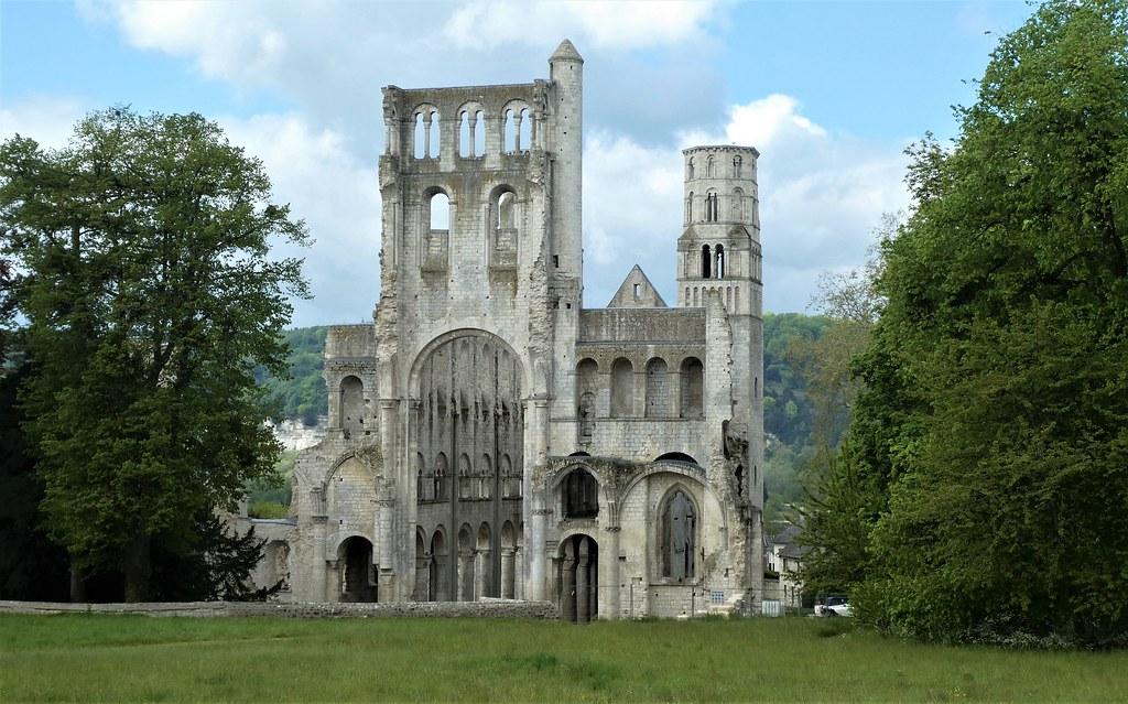 Abadía de Jumièges.Normandía.