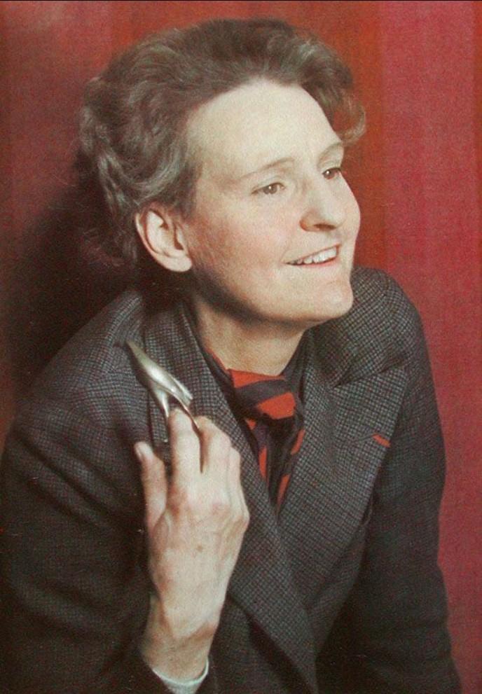 1939. Сильвия Бич (американская писательница, издатель, владелица книжного магазина, одна из крупнейших фигур литературного Парижа между первой и второй мировыми войнами)