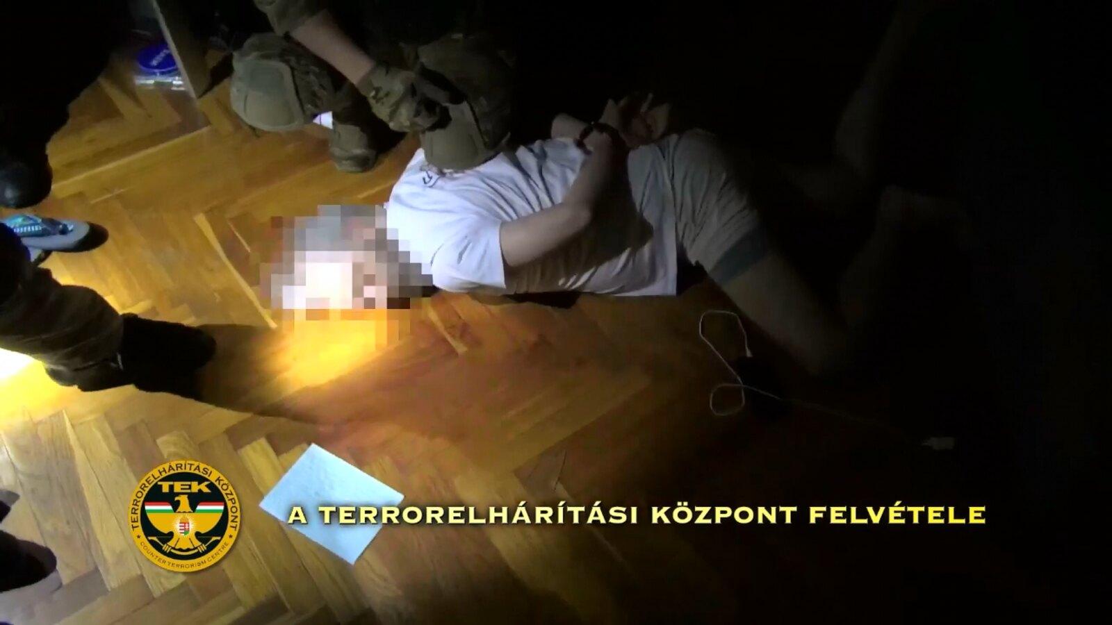 Elrendelték a pénteken a TEK által fogott öt drogkereskedő letartóztatását