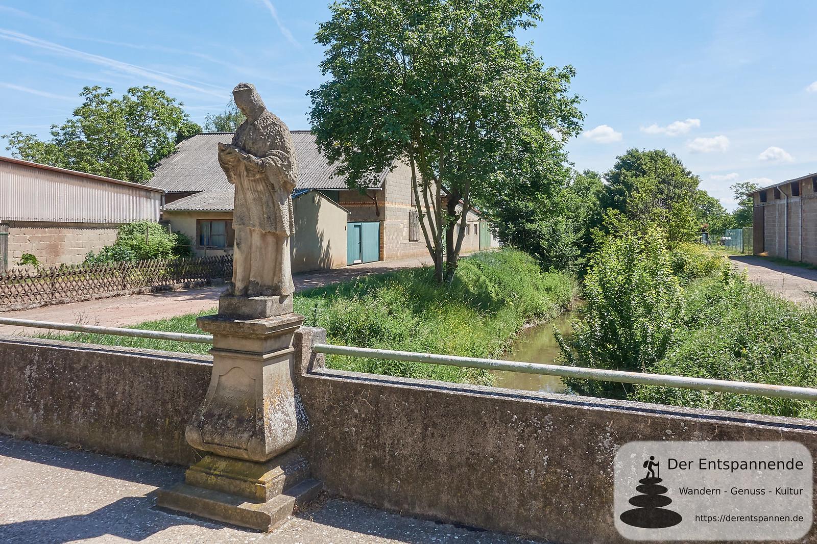 Nepomuk-Skulptur (Brücke über den Wiesbach)