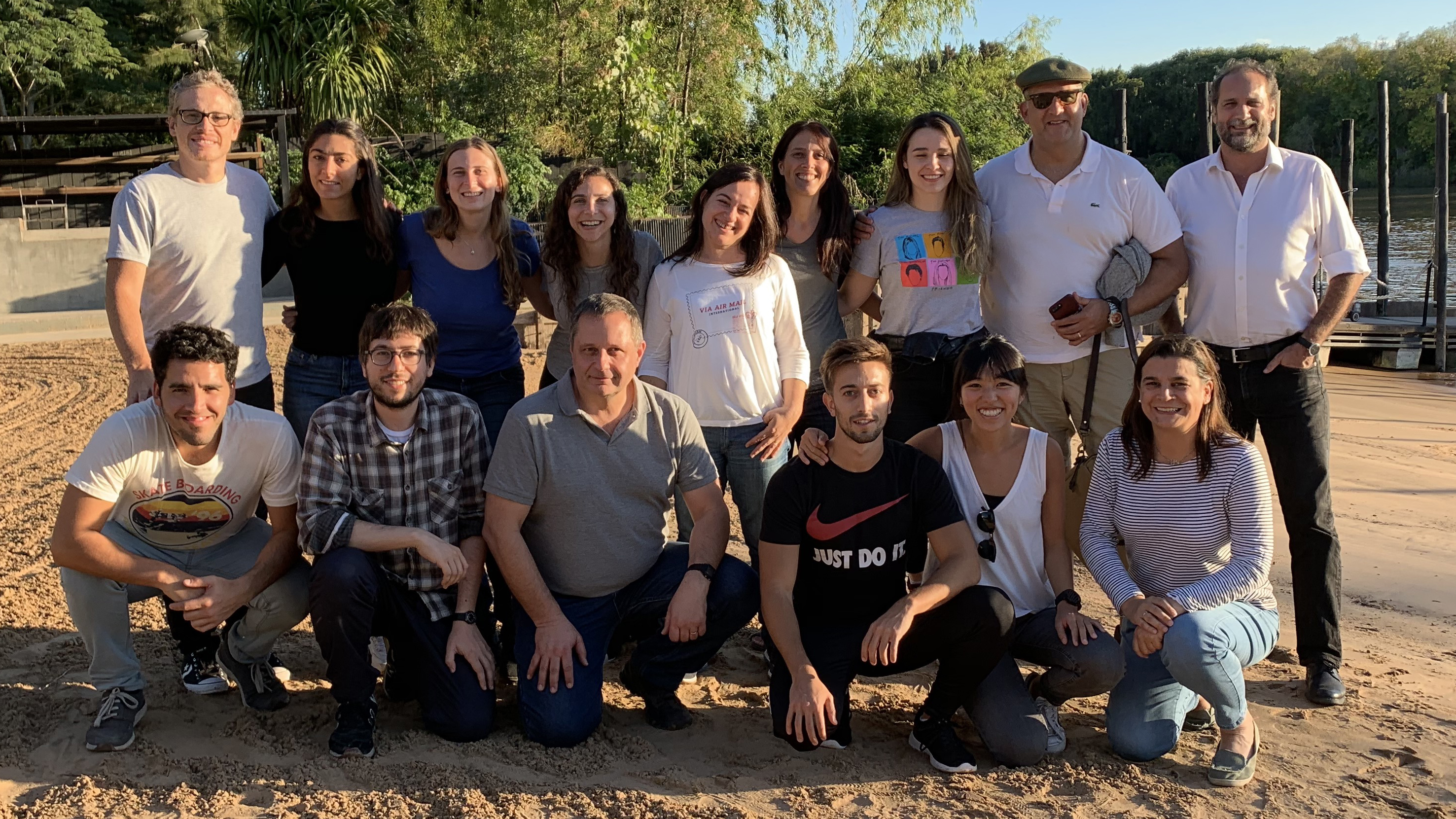 Group portrait of Red/acción's work team.