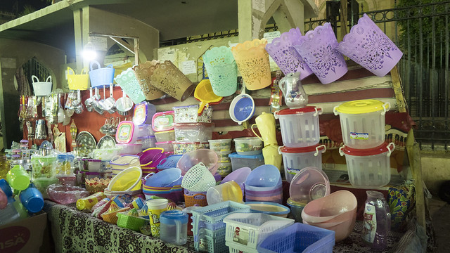 Plastic containers in Ramadan market