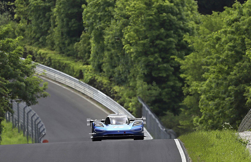 de764753-vw-id.r-nürburgring-lap-record-5