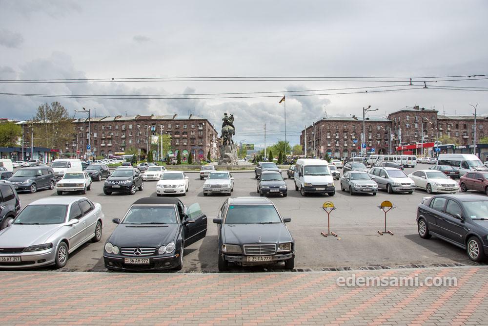 Привокзальная площадь в Ереване