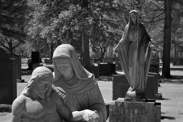 Angels in Holy Sepulchre Cemetery (infrared)