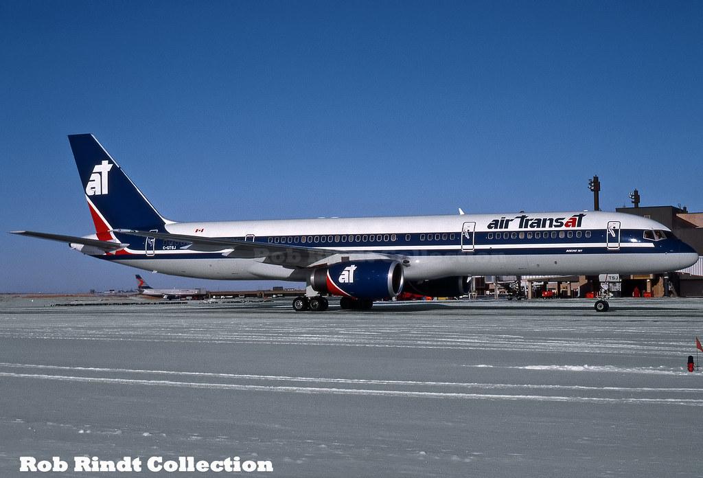 Air Transat B757-236 C-GTSJ