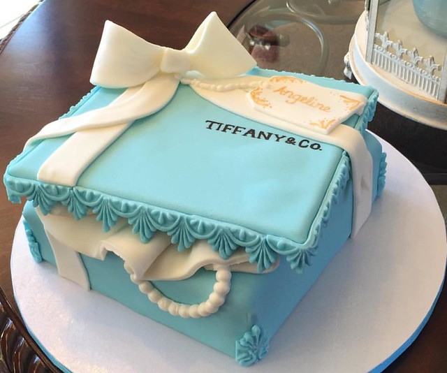 Cake by Blooming Cupcakes & Cake Artistry