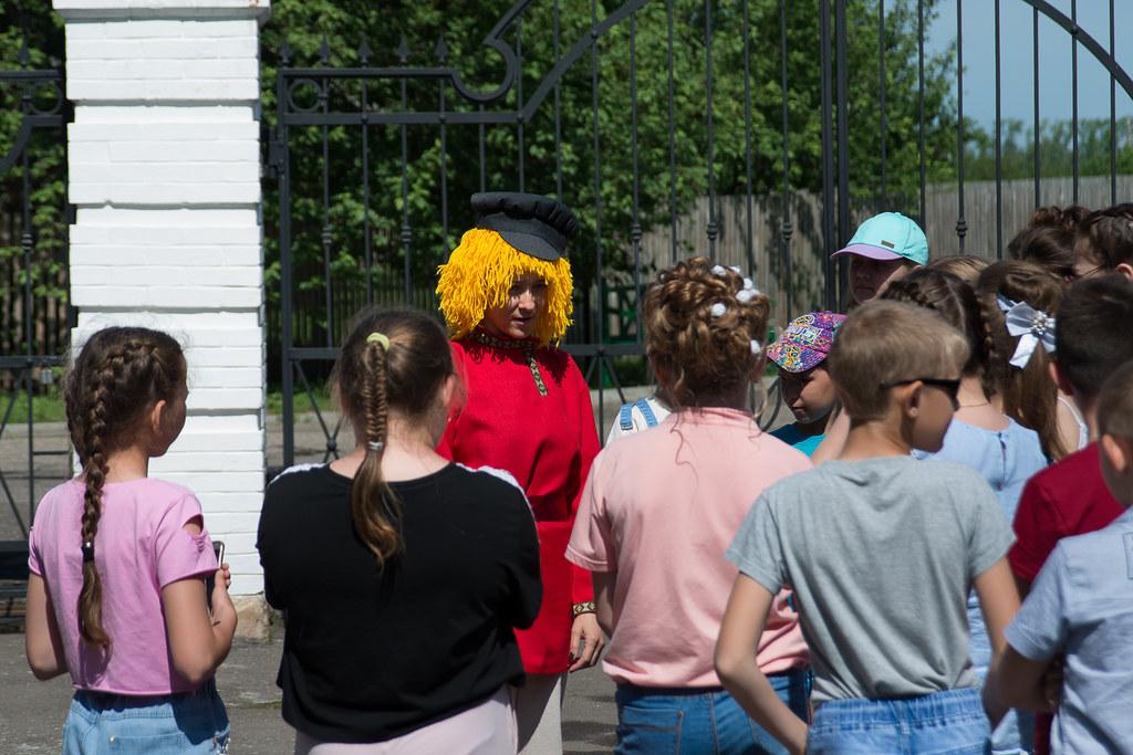День защиты детей в «Тарханах». Увлекательная и немного научно-познавательная экскурсия с Музенком для детей