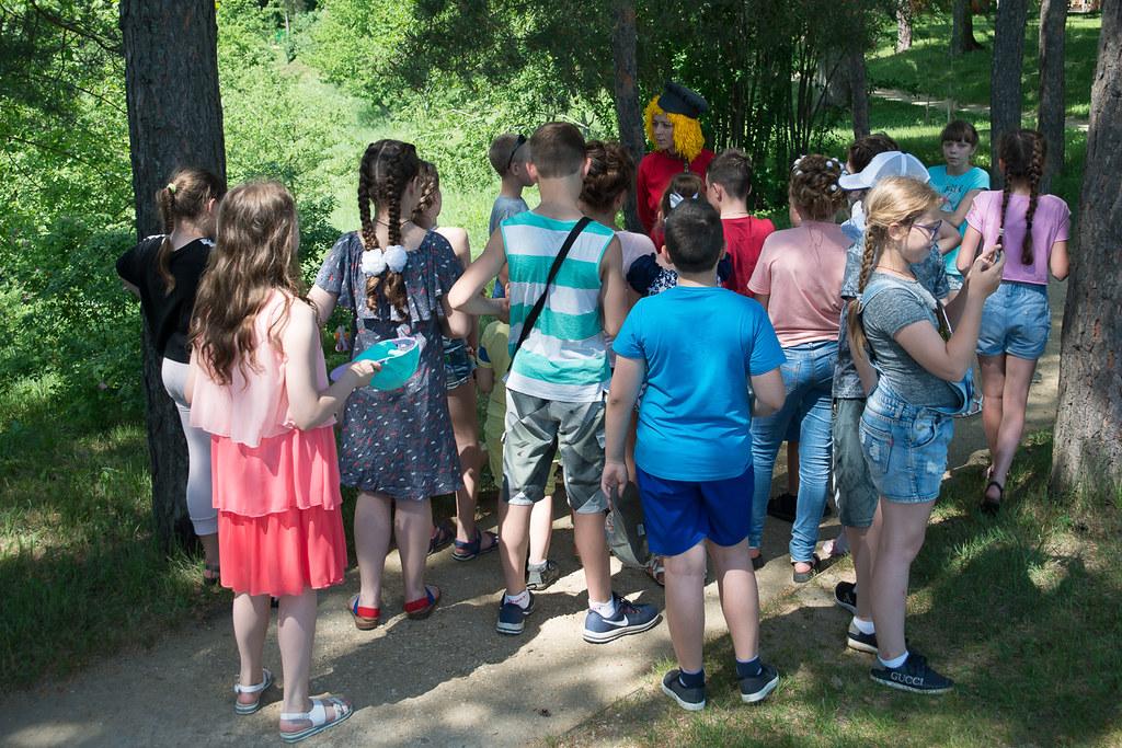 День защиты детей в «Тарханах». Экскурсия с Музенком по таинственным дорожкам усадьбы
