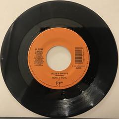 SOUL II SOUL:JAZZIE'S GROOVE(RECORD SIDE-A)