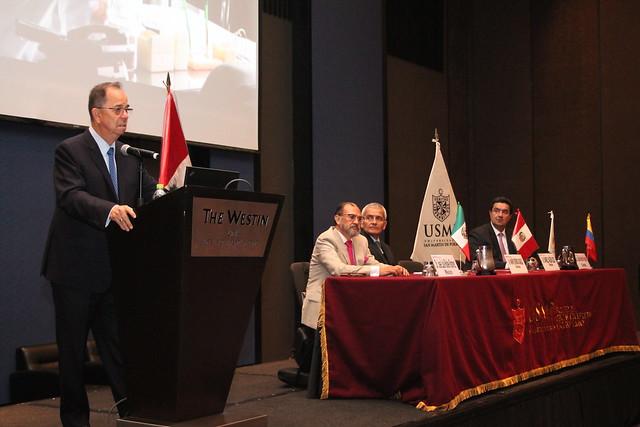 """Facultad de Ciencias Administrativas y Recursos Humanos de la USMP desarrolló seminario internacional """"Gerencia e Innovación Empresarial"""""""