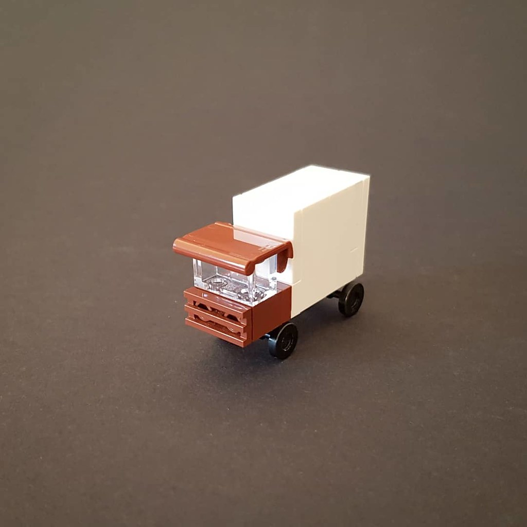 Microscale Truck I (custom built Lego model)