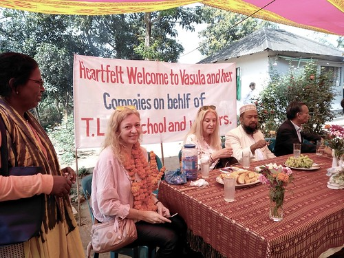 Vassula with Heidi, Imam Mohammed and Sujit at Kulun