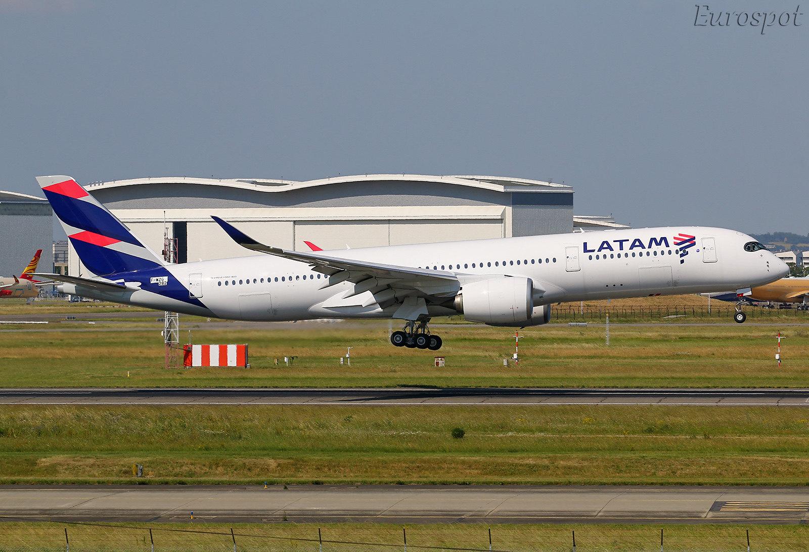F-WZGS Airbus A350 LATAM