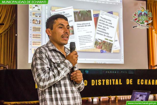 Dwigth Aguilar compartió experiencias exitosas sobre producción de cafés