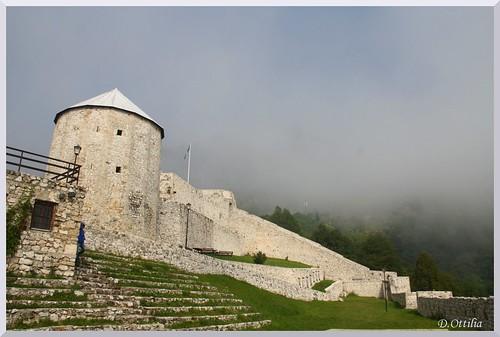 bosniaherzegovina travnik fortress var building epulet architecture epiteszet medieval kozepkori ycabg boszniahercegovina xjbljtsd exyu bastion bastya