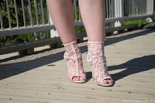 Peep_toe_high_heels