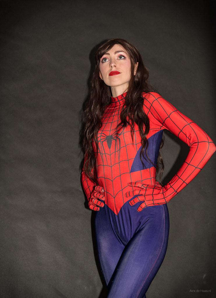 Spidergirl.