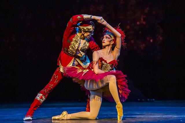 Edward Watson as Ivan Tsarevich and Yasmine Naghdi as The Firebird in The Firebird, The Royal Ballet © 2019 ROH. Photograph by Tristram Kenton