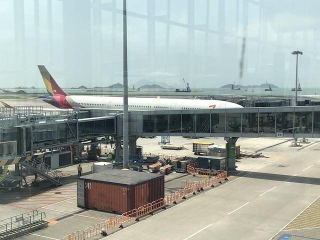 Embarquement HKG OZ722