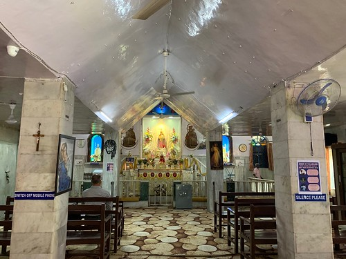 City Faith - Mother Mary in Sari, Khan Market